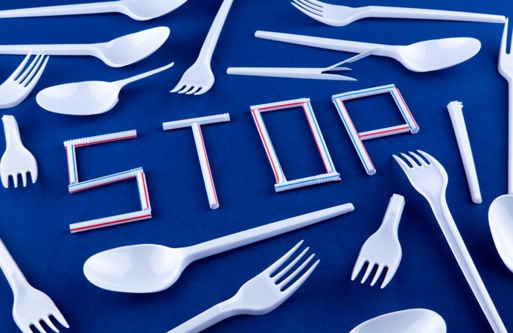 stop alla plastica, via libera alle bioplastiche